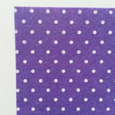 N11 Carré de feutrine motif pois 15*15cm violet clair