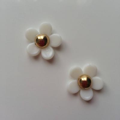 lot de 2 fleurs en resine blanche et dorée 20mm