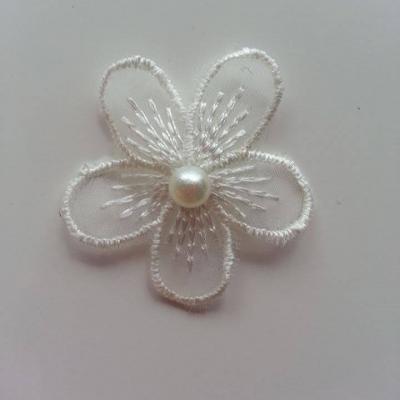 fleur en dentelle ivoire 35mm