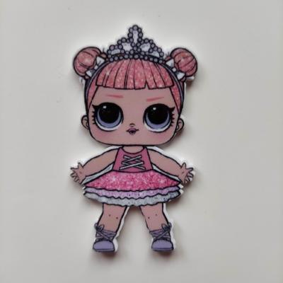 cabochon en resine poupée LOL couronne rose 60*35mm