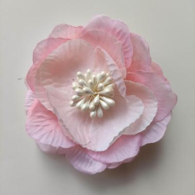 fleur en tissu et pistils 80mm rose pale