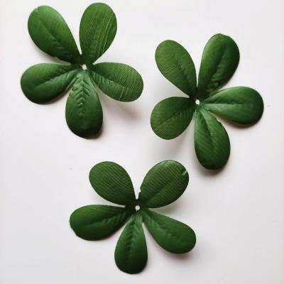 Lot de 3 assemblages de  feuilles artificielles vertes  80mm