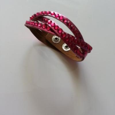 Bracelet simili cuir tressé de couleur rose