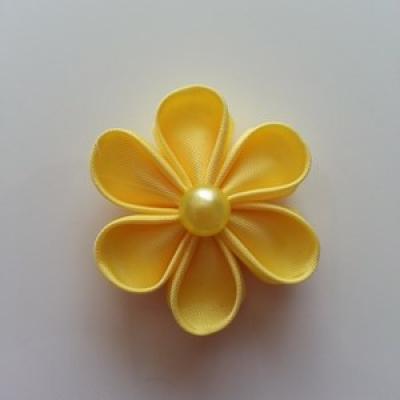 Fleur  4cm pétales ronds jaune
