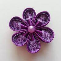 Fleur satin de couleur et dentelle 5cm ronde violet et mauve