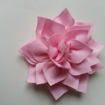 fleur en tissu rose pâle 70mm