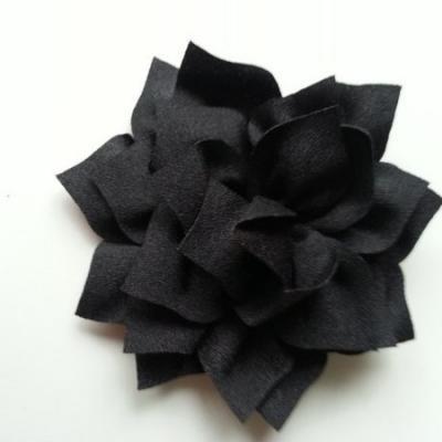 fleur en tissu noir 70mm
