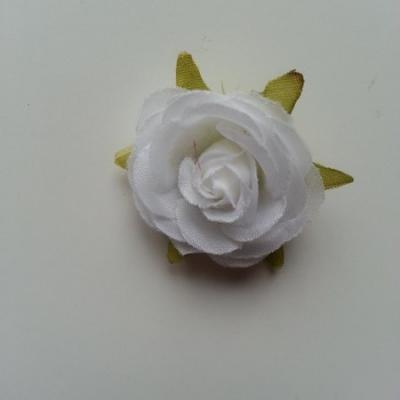 rose en tissu blanc 40mm