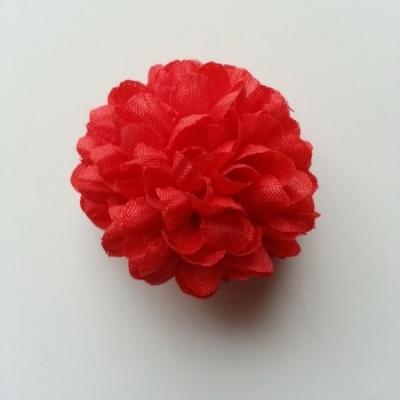 Fleur  pompon en tissu rouge    50mm