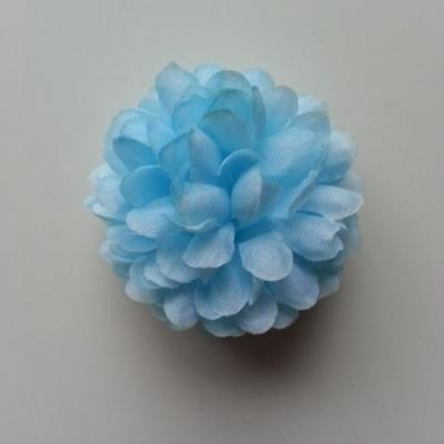 Fleur  pompon en tissu bleu ciel   50mm