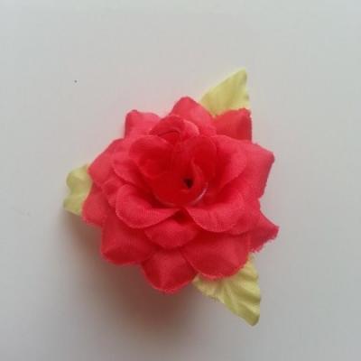 Fleur et feuilles en tissu  rouge 40mm