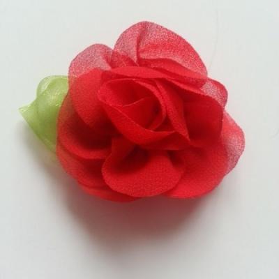 Fleur en mousseline avec feuille  50mm rouge