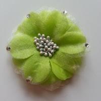 Fleur  en tissu verte  75mm