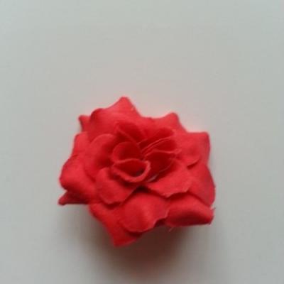 Fleur  en tissu  50mm rouge