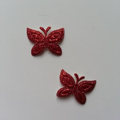 Lot de 2 papillons  paillettes rouge  en tissu 23*18mm