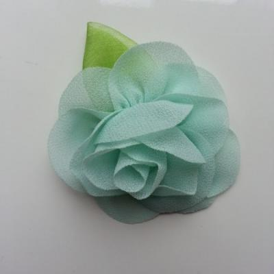 Fleur en mousseline avec feuille  50mm vert pastel