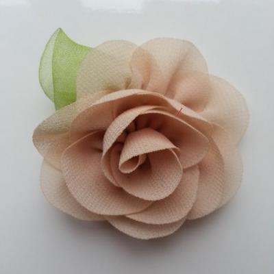 Fleur en mousseline avec feuille  50mm beige