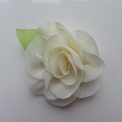Fleur en mousseline avec feuille  50mm ivoire