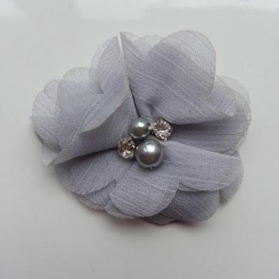 fleur perle et strass mousseline  55mm gris