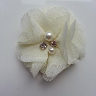 fleur perle et strass mousseline  55mm ivoire