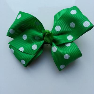 Gros noeud en ruban à pois 70*45mm vert