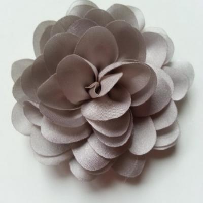 fleur en mousseline de soie 60mm gris