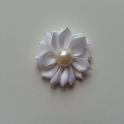 fleur satin demi perle  35mm blanc