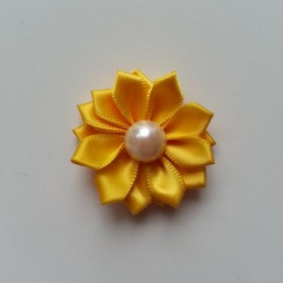 fleur satin demi perle  35mm jaune