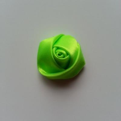 Fleur de satin bouton de rose 2.2cm vert