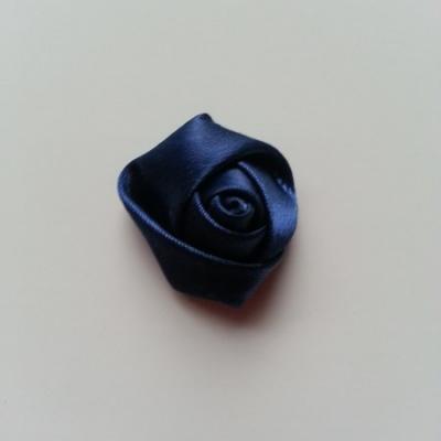 Fleur de satin bouton de rose 2.2cm bleu marine