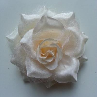 Rose bicolore en tissu   70mm  pêche clair