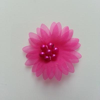 Double fleur  voile  et perle  30mm rose fuchsia
