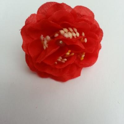 fleur en tissu et pistil rouge 50mm