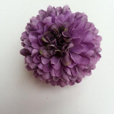 Fleur  pompon en tissu  violet 50mm