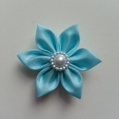 fleur en tissu 4cm bleu pétales pointus