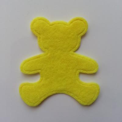 Ours  en feutrine jaune   60*55mm