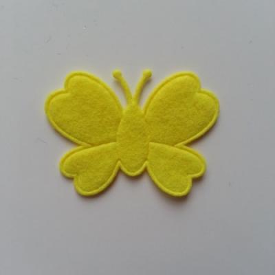 Papillon  en feutrine  jaune 45*35mm