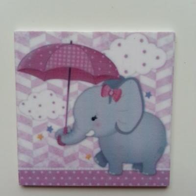 Cabochon  plat en résine éléphant au parapluie 45*45mm