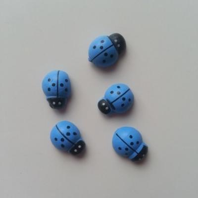 Lot de 5 coccinelles en bois  12x8mm bleu