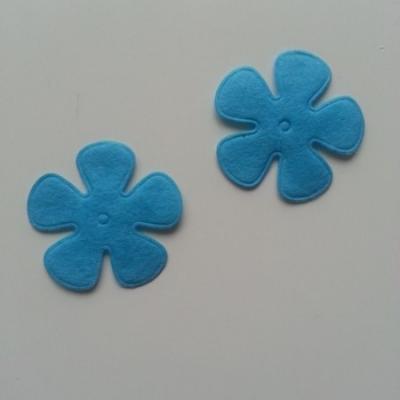 Lot de 2 fleurs  feutrine 45mm bleu