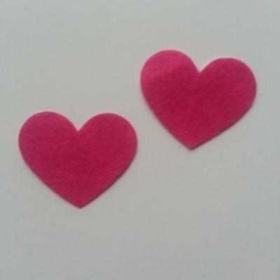 lot de 2 coeurs en feutrine autocollante rose fuchsia 40*35mm
