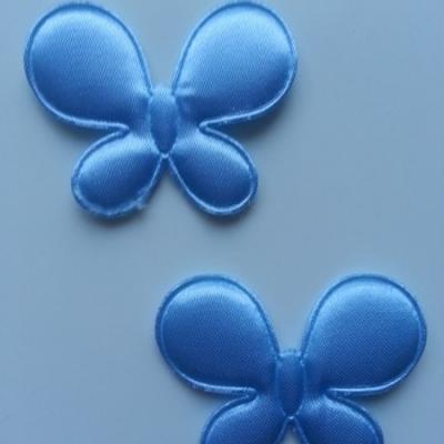 Lot de 2  appliques papillon  45*35mm bleu ciel