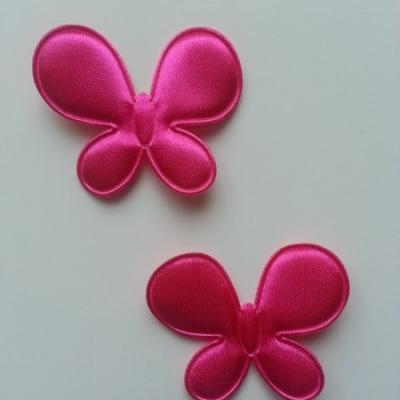 Lot de 2  appliques papillon  45*35mm rose fuchsia