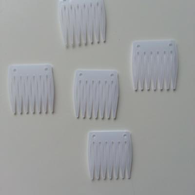 Lot de  5   peignes à chignon en plastique  transparent 35*33mm