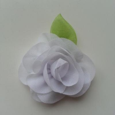 Fleur en mousseline avec feuille  50mm blanc
