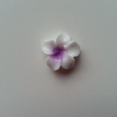 fleur en résine blanche et mauve 16mm