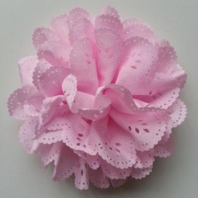 fleur dentelée en tissu rose   10cm