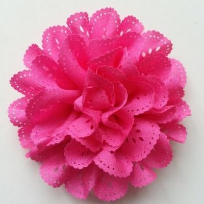 fleur dentelée en tissu rose fuchsia  10cm