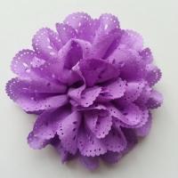 fleur dentelée en tissu mauve  80mm