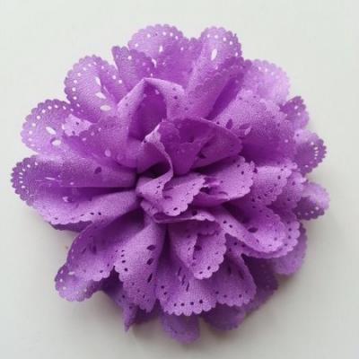 fleur dentelée en tissu  violet  10cm